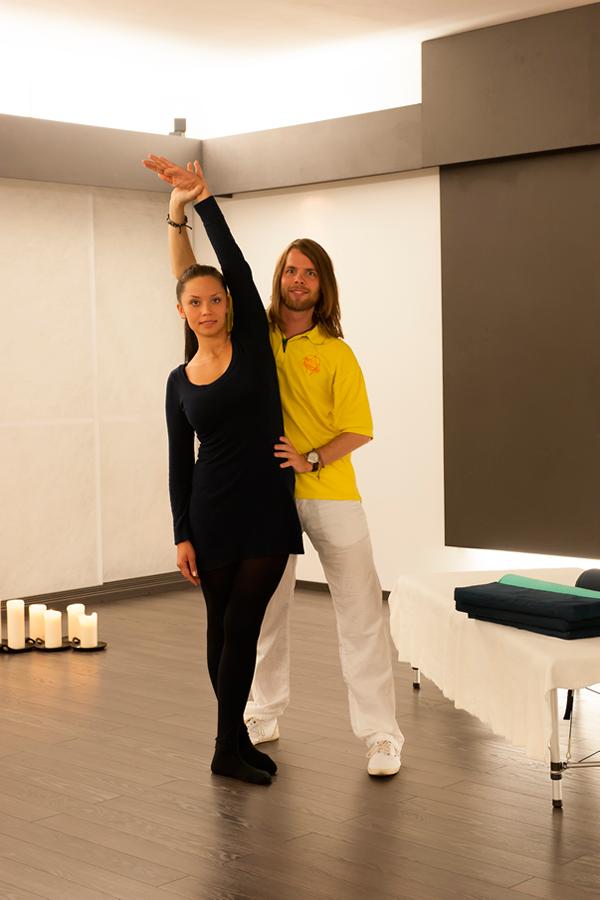 Behandlung bon Tänzern von Matthias Brummer